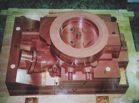 シリンダーカバーの木型